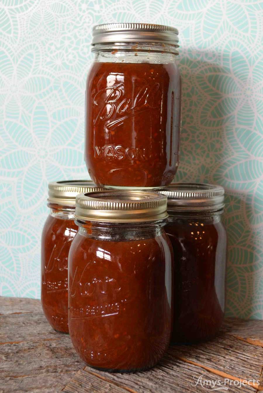 Delicious recipe for fresh sweet chili sauce. We love chili sauce on our meatloaf and